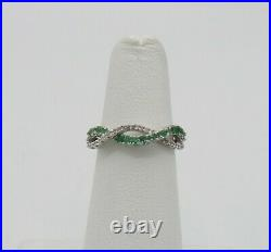 20CT Natural Emerald and. 10 Diamond Twister Anniversary 10KT White Gold Band