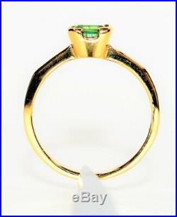 Colombian Emerald 1ct 18kt Yellow Gold Solitaire Women's Ring