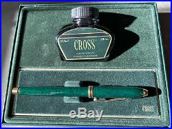 Cross Marbled Green Townsend Fountain Pen with a Gold Fine Nib
