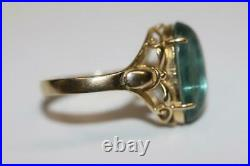 Fine 14K Yellow Gold Oval Pale Green Stone Cabochon Vintage Ring Size 7.75