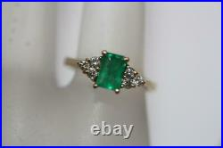 Fine 14K Yellow Gold Rectangle Natural Green Emerald & Diamond Ring Size 4