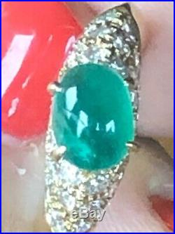 Van Cleef & Arpels Colombian Gia Emerald Gold Ring