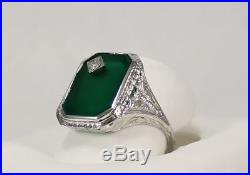 Vintage Filagree Ladies Ring with Green Onyx and Diamond in 18kt White Gold